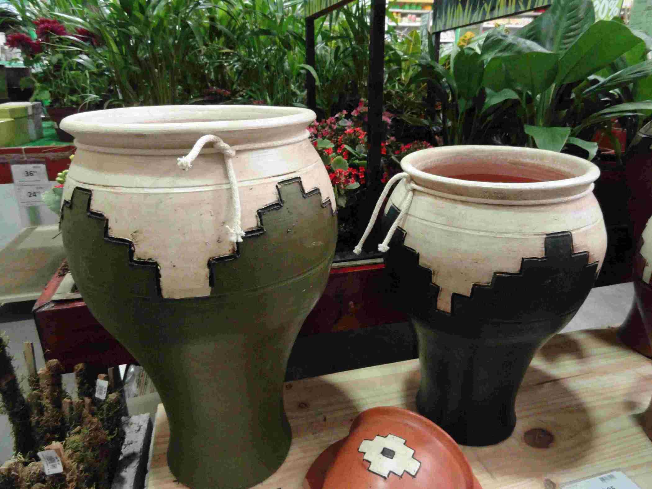 Decoracion de macetas de barro maceta jardin with for Decoracion de jardin con ollas de barro